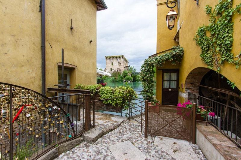 Borghetto sul Mincio, een van de mooiste dorpjes van Italië 1