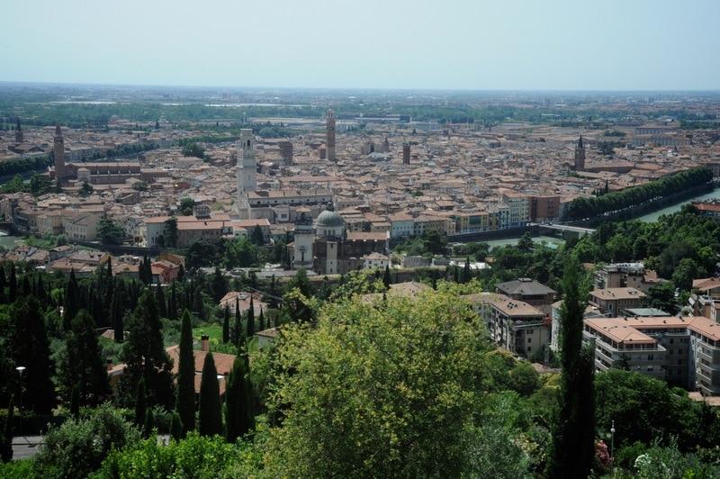 Combineer Gardameer met de steden Verona en Venetië 1