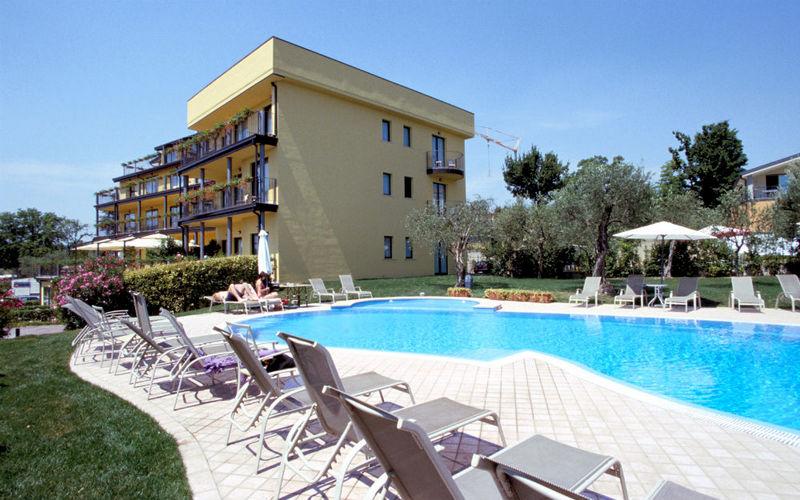 Gardameer_hotels-monigo-Olivo-Garni.jpg