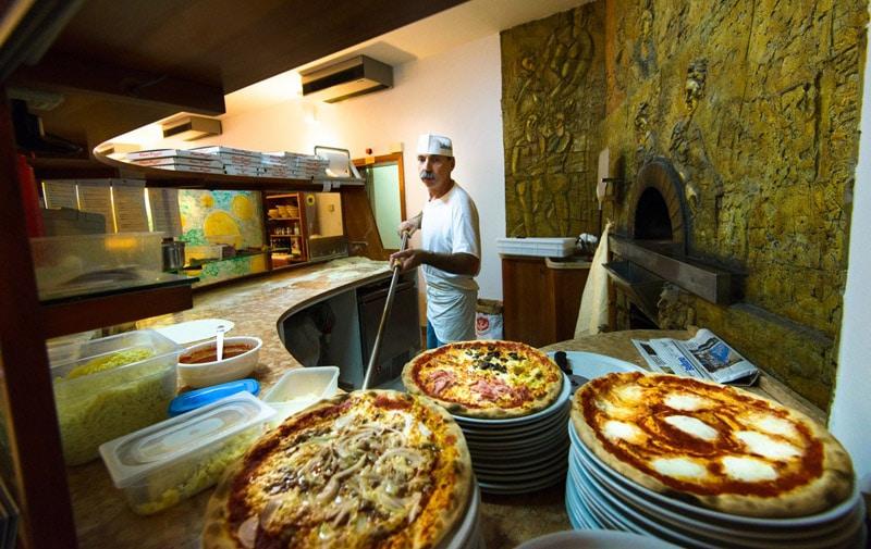 Lekker uit eten - Waar stil je bij het Gardameer je honger? 1