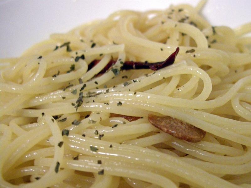 Spaghetti aglio olio peperoncino 1