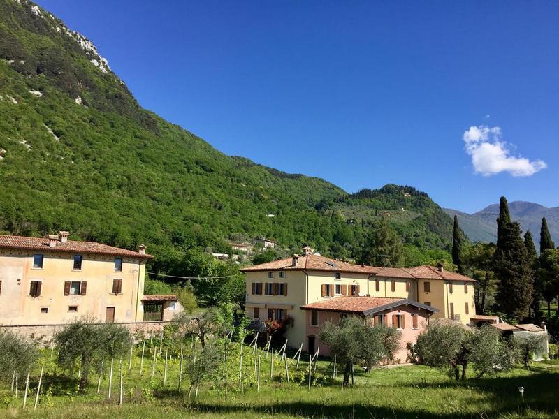 Gardameer_agriturismo-toscalano-200-up.jpg