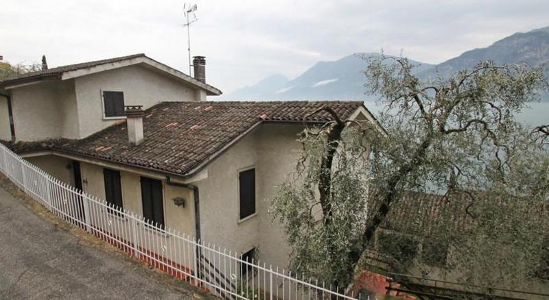 Vakantiehuis Paola in Cassone 1