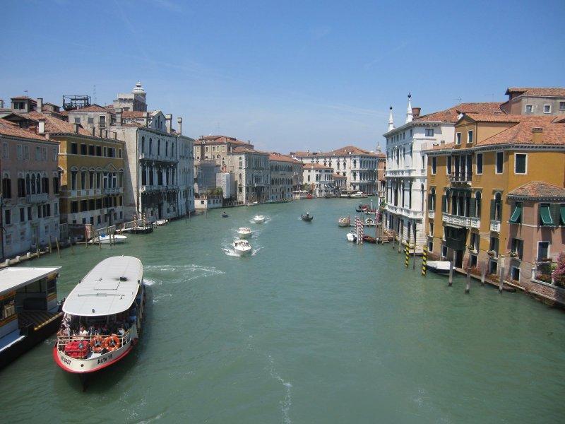 Gardameer_campanile-venetie-venezia.jpg