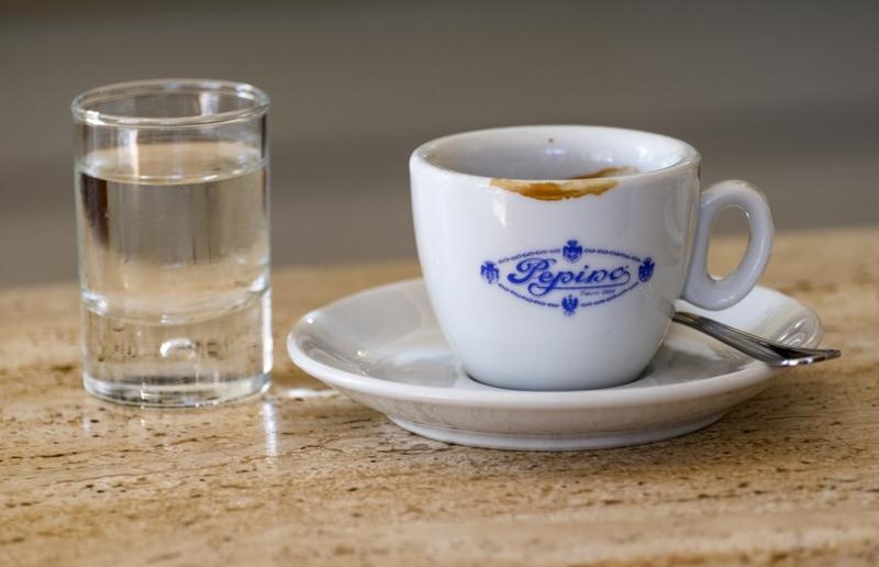 Cappuccino, espresso of macchiato? 3