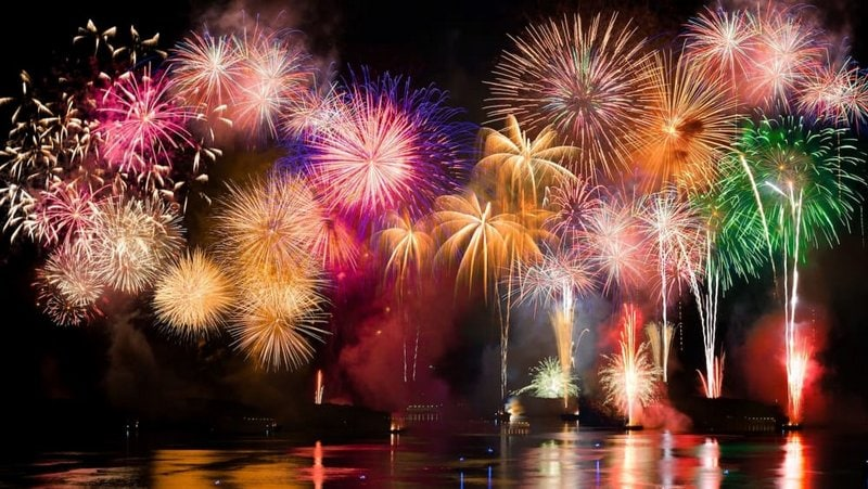 Vuurwerkshows bij het Gardameer 1