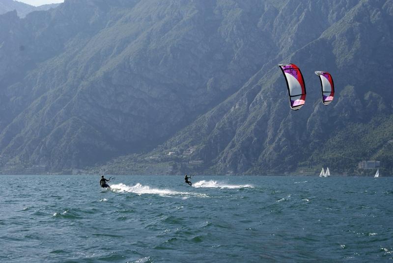 Gardameer_sport-kite4.jpg