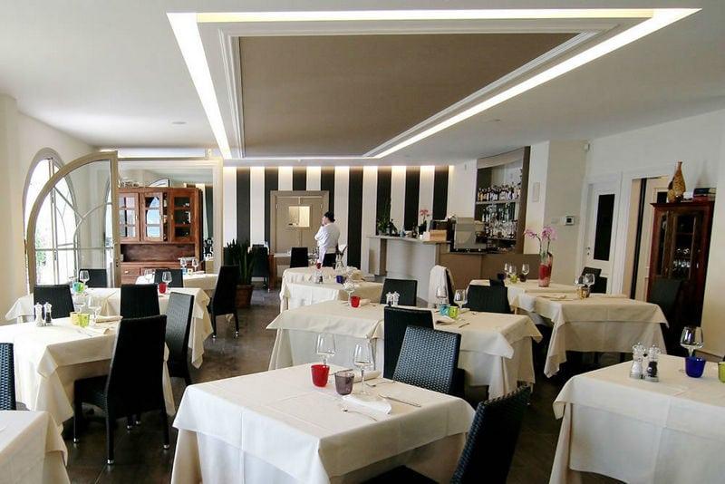 Gardameer_diner-malcesine-Caffe-Porto-Vecchio.jpg