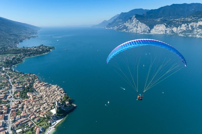 Paragliding bij het Gardameer 1