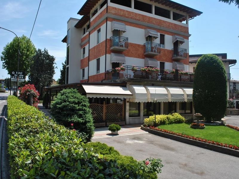 Hotels in Peschiera del Garda 4