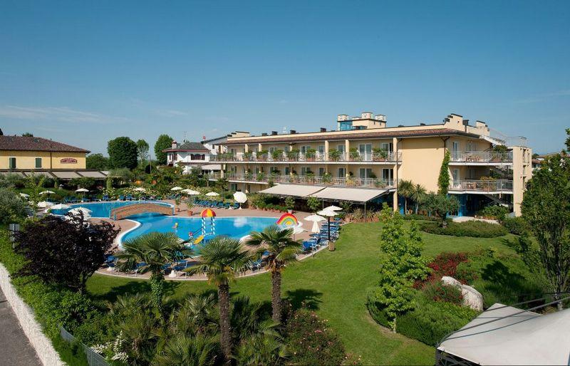 Gardameer_hotel-pascheira-Hotel-Bella-Italia--200.jpg