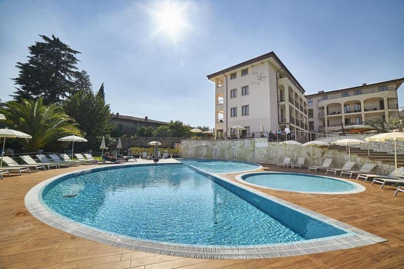 Hotels in San Felice del Benaco 2