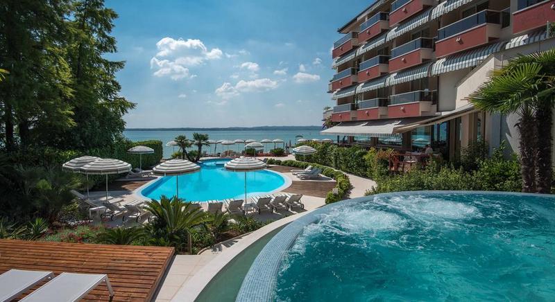 Boek een hotel bij het Gardameer 1