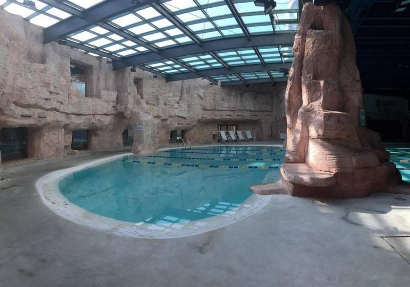 Sport Village Verona - tropisch zwembad en entertainment 1