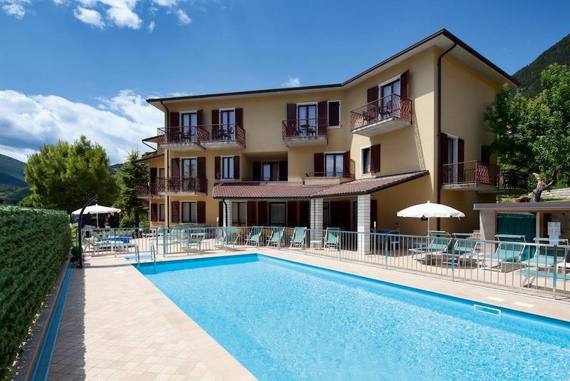 Hotels in Tignale 4