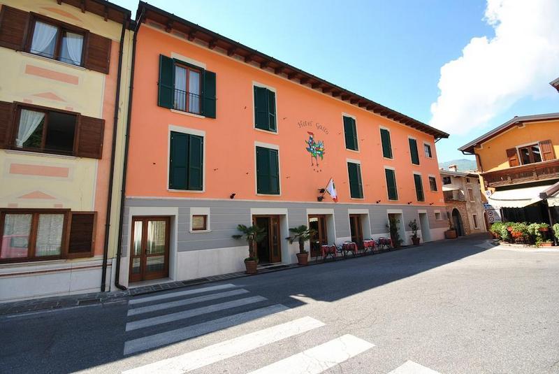 Hotels in Tignale 3
