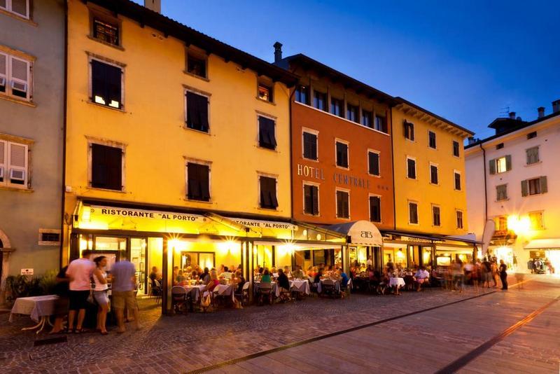 Restaurants in Torbole sul Garda 2