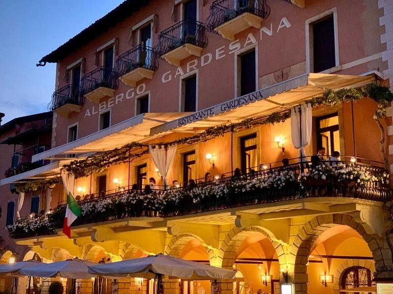 Hotels in Torri del Benaco 1