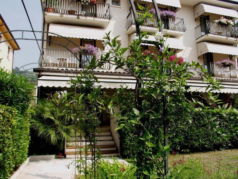 Hotels in Torri del Benaco 3