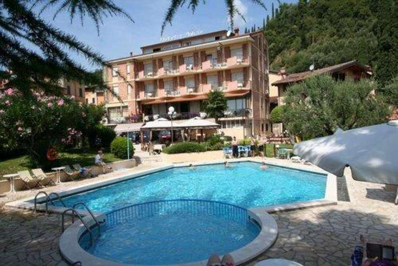 Gardameer_hotels-toscolano-Hotel-Sorriso.jpg