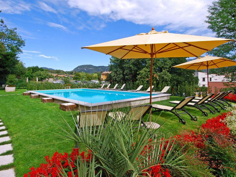 Kindvriendelijke villa met zwembad bij het Gardameer 1