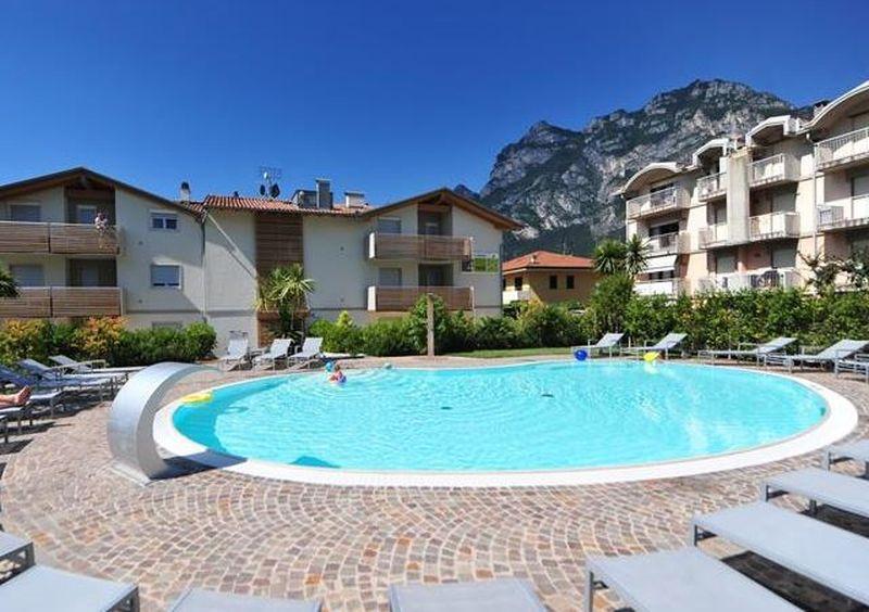 Gardameer_vakantieparken-Resort-4Limoni-bij-Riva-del-Garda-k.jpg