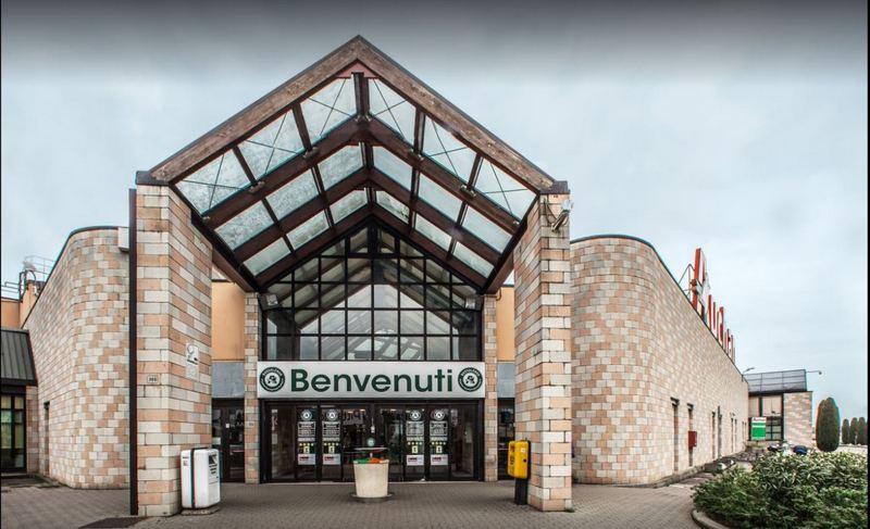 Gardameer_shopping-Centro-Commerciale-Auchan-k.jpg