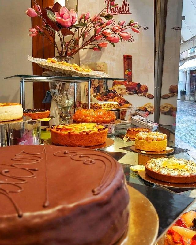Gardameer_leuke-winkels-Pasticceria-Vassalli-in-Salo.jpg