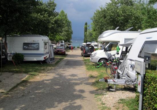 Zoek je een camping bij het Gardameer?