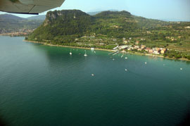 Tips voor het vinden van goedkope vliegtickets naar het Gardameer