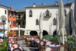 Restaurants in Garda