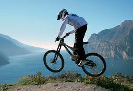 Mountainbiken bij het Gardameer