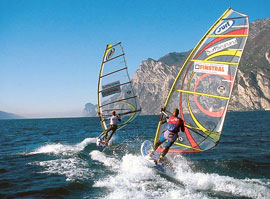Windsurfen op het Gardameer