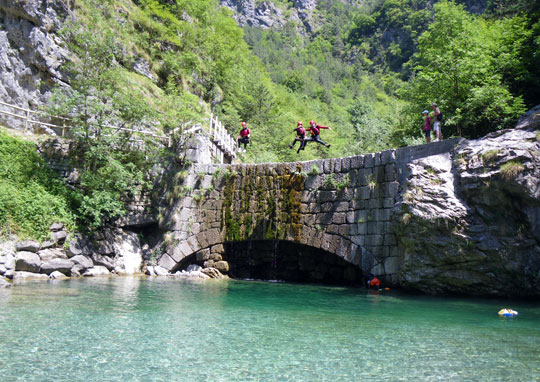 Korting op canyoning-tours