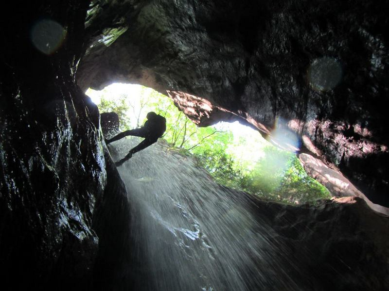 Ga mee met een canyoning-tour! 4