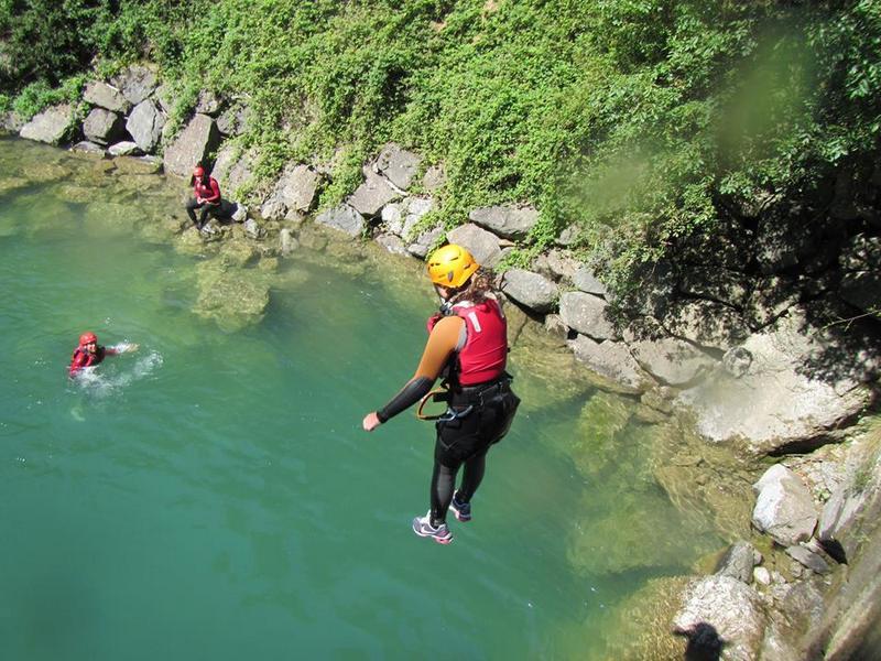 Ga mee met een canyoning-tour! 3