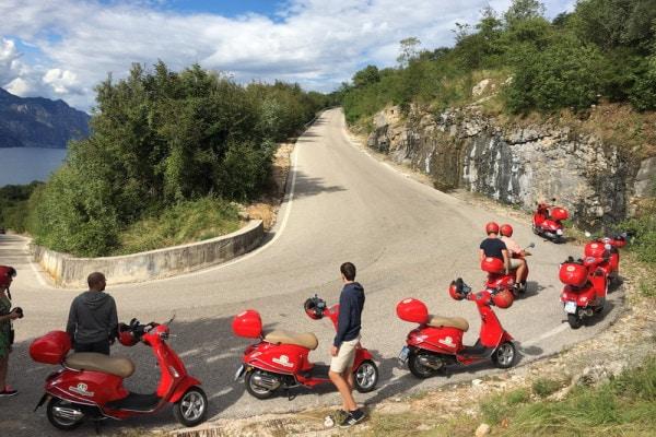 Dagtocht met een Vespa-scooter rond het Gardameer 4