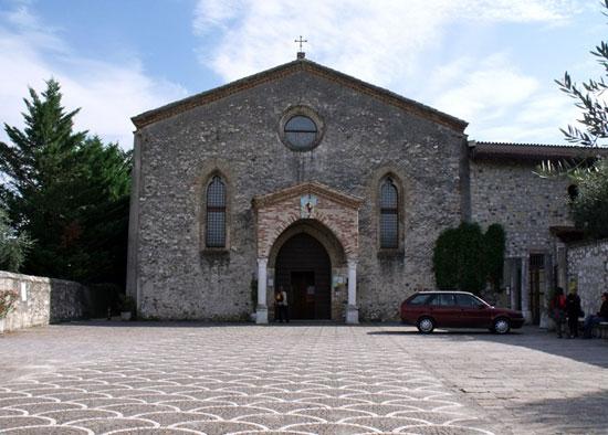 Gardameer_Santuario-del-Carmine-1a.jpg